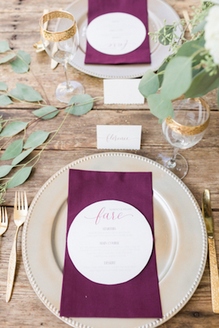 Marsala place setting | Jessica Green Photography | see more on: http://burnettsboards.com/2016/02/sweetly-sentimental-red-wedding/