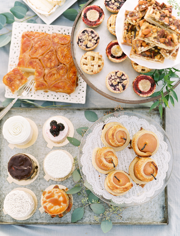 dessert spread - photo by Ben Q Photography http://ruffledblog.com/easy-romantic-wedding-inspiration