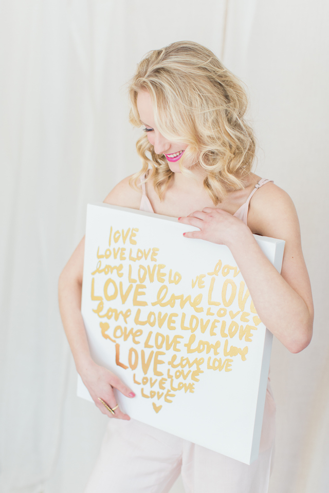 Love sign | Ashley Largesse Photography | see more on: http://burnettsboards.com/2015/02/sweetheart-inspired-shoot/