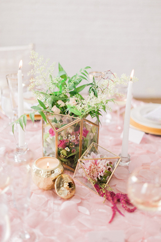 Geometric terrariums | Sara Lynn Photographic | see more on: http://burnettsboards.com/2016/02/pink-gold-geometric-wedding/