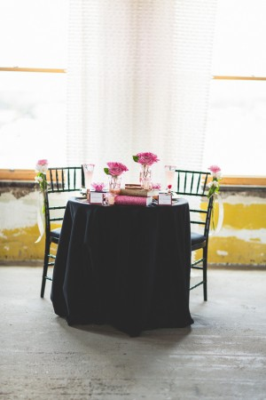 Sweetheart table - Emily Joanne Wedding Films & Photography