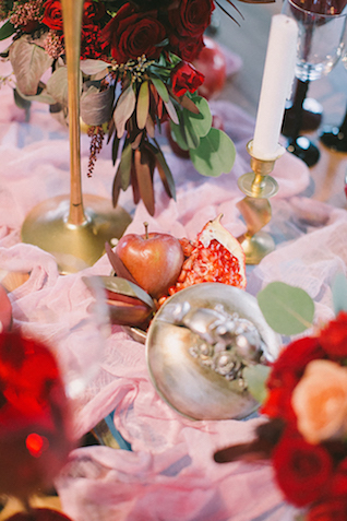 Pomegranate and apple wedding ideas | Natalia Donskih Photography