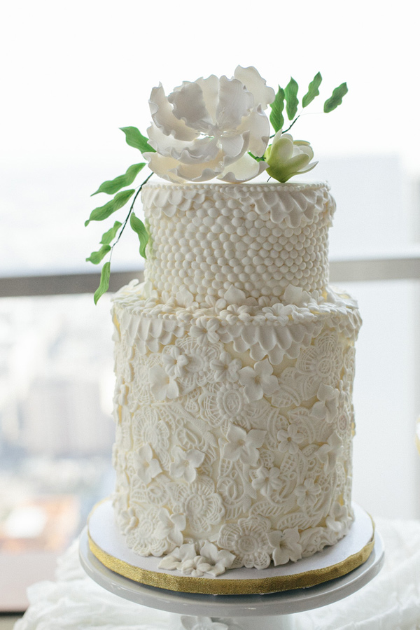 detailed wedding cake - photo by La Rousse Photo http://ruffledblog.com/schoolhouse-charm-wedding-inspiration