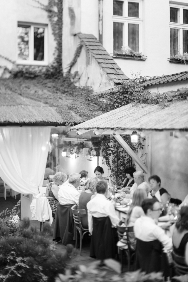 Intimate Krakow wedding | Elisaveta Sudarikova Photography