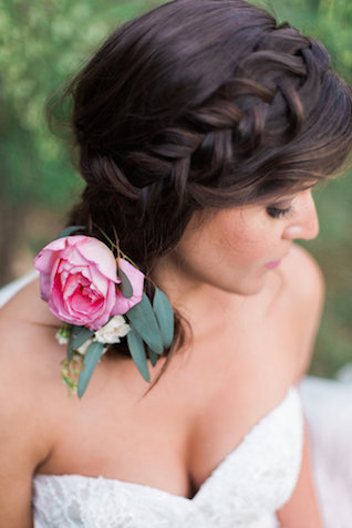 Side braid hairstyle | Stephanie Ponce Photography