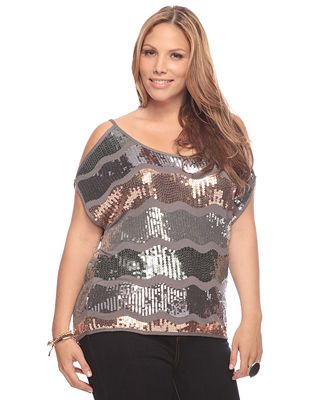 Fashionable Outfits For Plus Size Ladies (3)