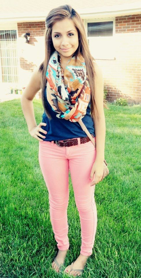 chic outfits for first day of college (5)