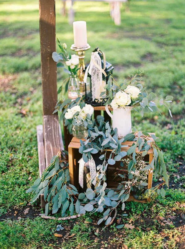 wedding ceremony decor - photo by Danielle Poff http://ruffledblog.com/arroyo-grande-barn-wedding