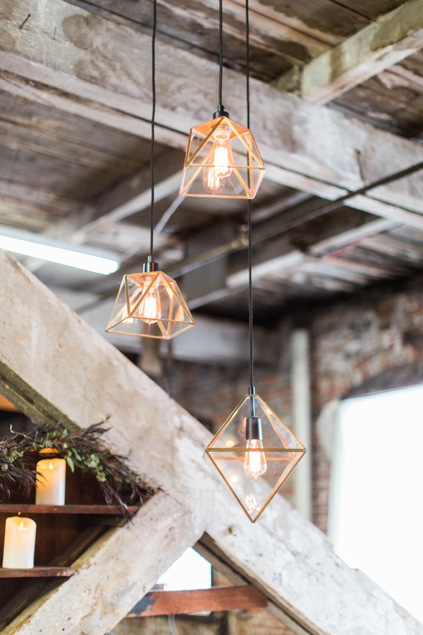 geometric pendant lights - photo by A.Fogarty Photography http://ruffledblog.com/romantic-bridal-boudoir-inspiration