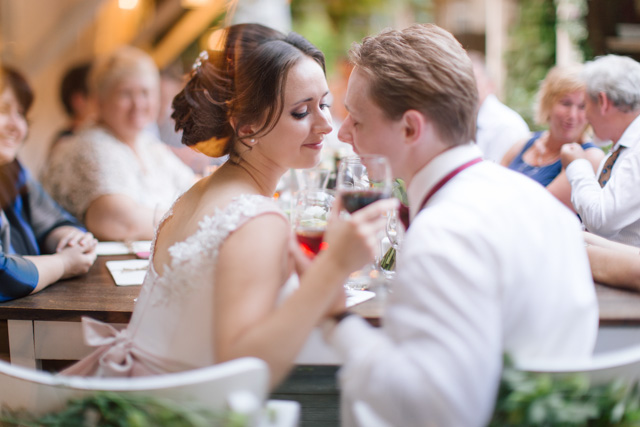 Intimate restaurant wedding ideas | Elisaveta Sudarikova Photography