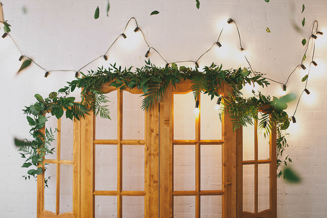 Botanical ceremony backdrop Photographer Elina Sazonova