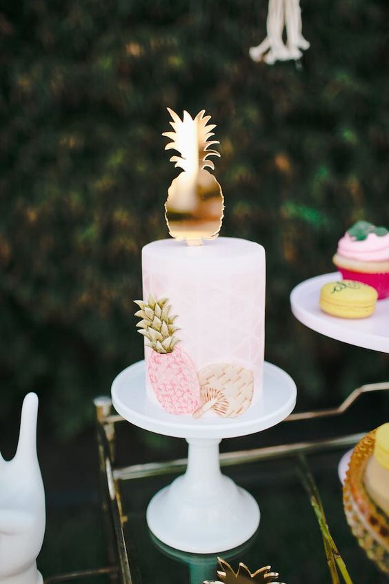 17 Fun Tropical Themed Bridal Shower Ideas