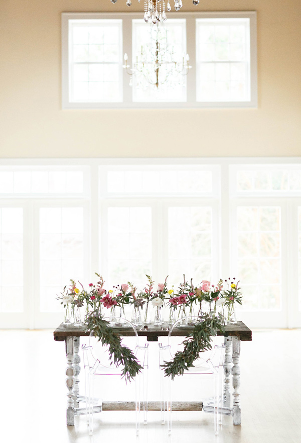 elegant reception - photo by Virginia Ashley Photography http://ruffledblog.com/mermaid-bride-wedding-inspiration