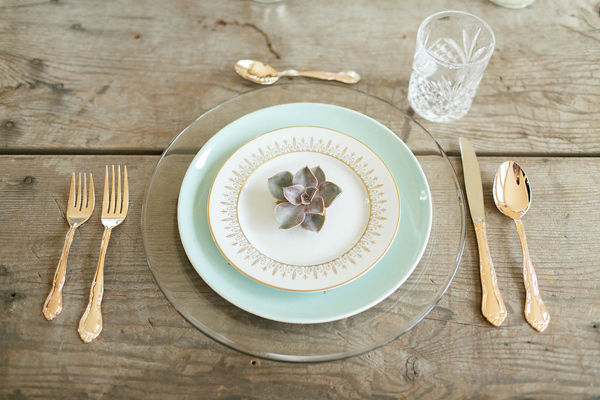 place setting - photo by Virginia Ashley Photography http://ruffledblog.com/mermaid-bride-wedding-inspiration
