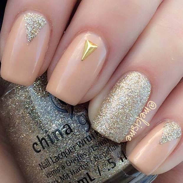 Simple Peach and Gold Nail Design