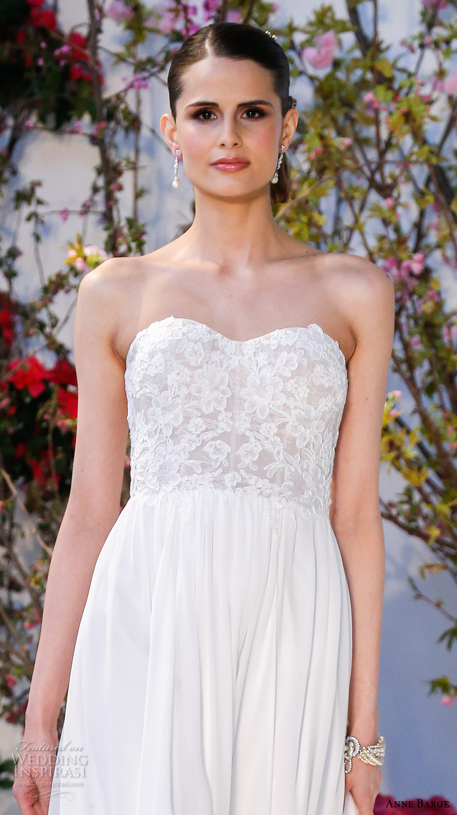 anne barge spring 2017 bridal strapless sweetheart neckline lace bodice pretty modified a line wedding dress lace back sweep train (013) zv