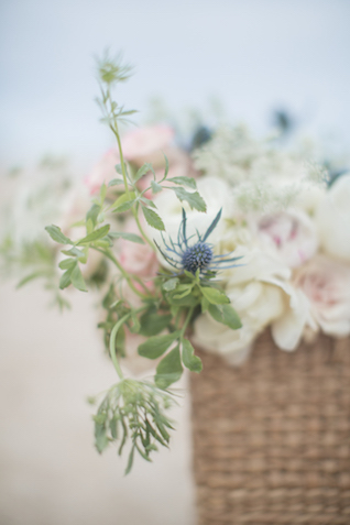 Bouquet with thistle | 1313 Photography