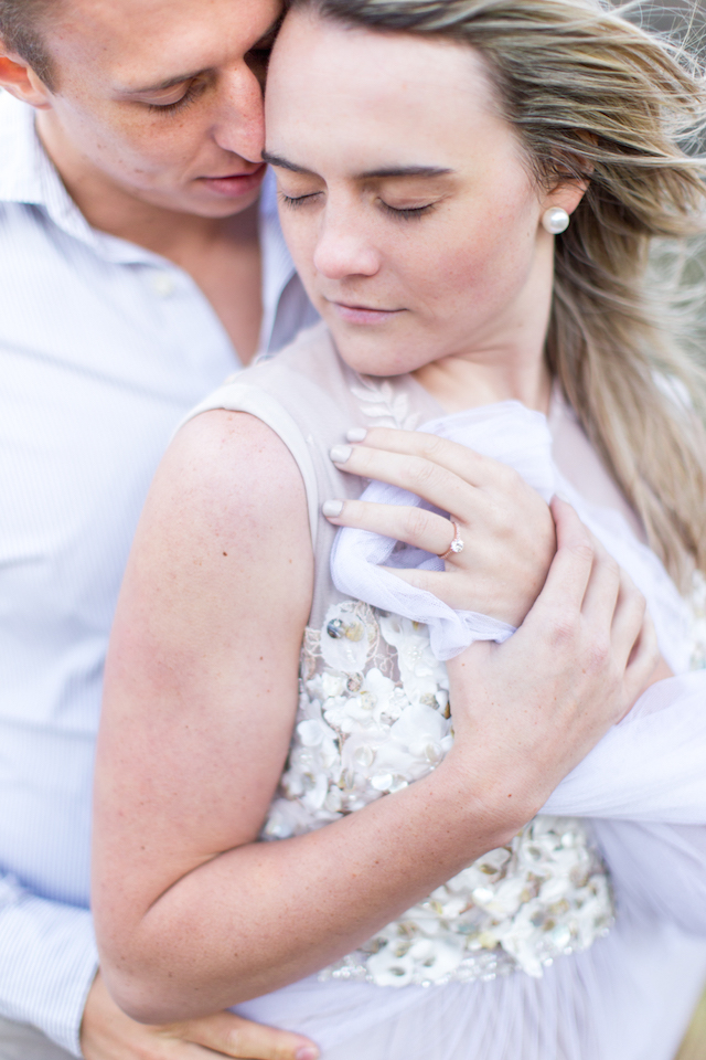 Windswept engagement shoot | Photography: Ian Odendaal | Burnett's Boards