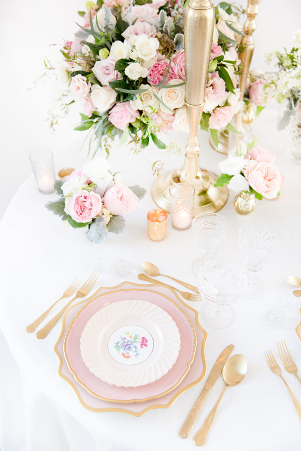 china place setting - photo by Amy and Jordan Photography http://ruffledblog.com/handcrafted-romance-wedding-inspiration