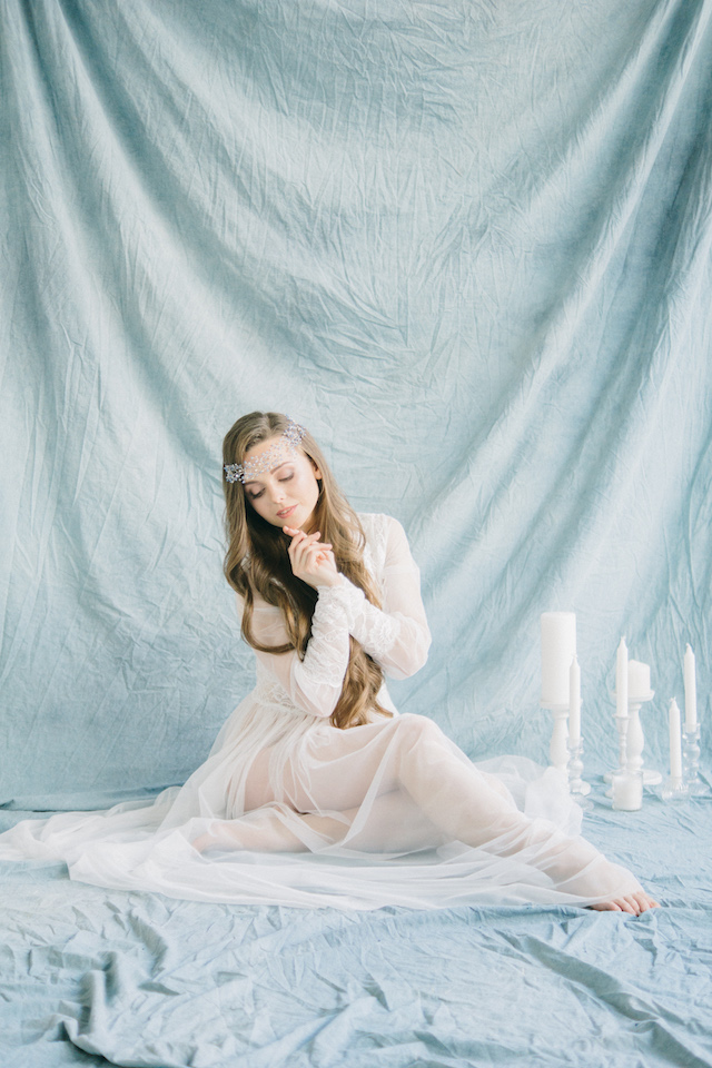 Romantic bridal boudoir session | Anna Bamm Photography