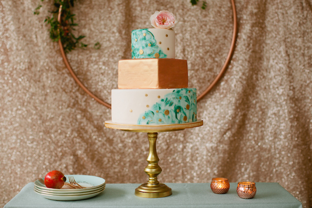 Mint and rose gold wedding cake | Betsi Ewing Photography | @AisleSociety and @Minted | #aislesociety #MintedWeddings #ASforMinted #styledbyaislesociety