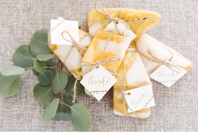 Soap wedding favours | Photography: Brooke Michelle Photography