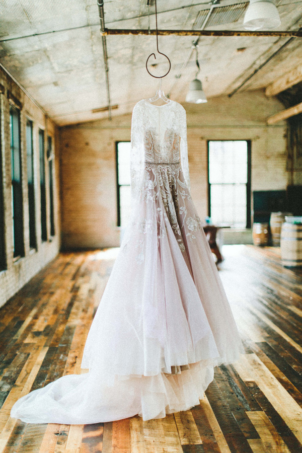 lace Hayley Paige wedding gown - photo by Giving Tree Photography http://ruffledblog.com/copper-fruit-wedding-inspiration