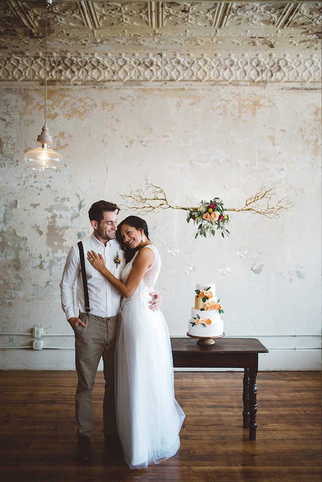Unique wedding cake backdrop ideas | Kate Rose Creative Group and Tim Waters Photography