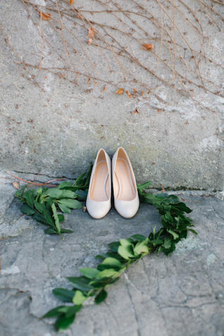 Simple, chic wedding shoes | Tatjana Sozonova