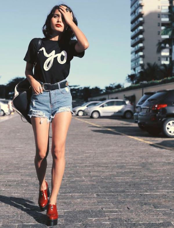 High Waisted Frayed Denim Shorts With A Black Printed Tee
