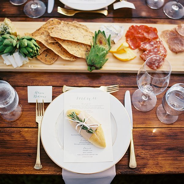 wedding place settings photo by Ryan Flynn Photography http://ruffledblog.com/walla-walla-vineyard-wedding