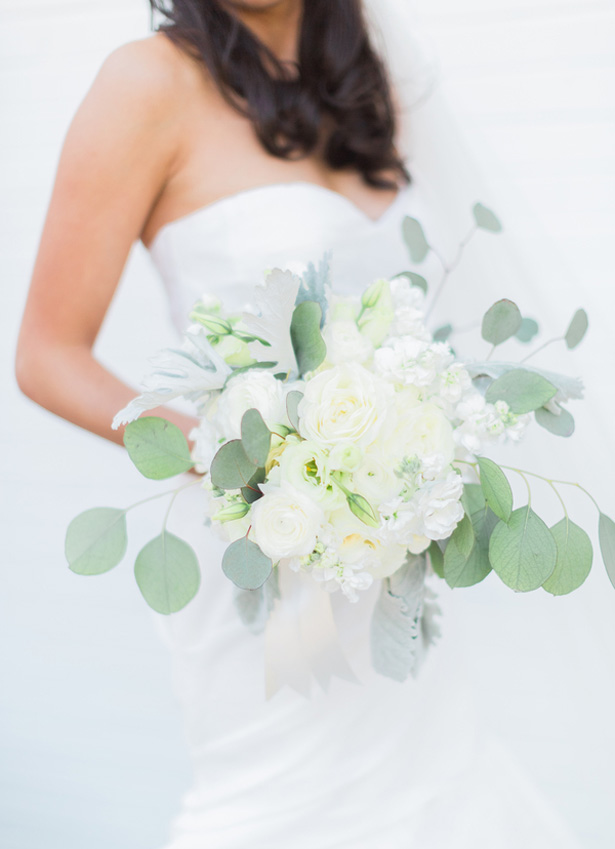 White wedding bouquet - Blaine Siesser Photography