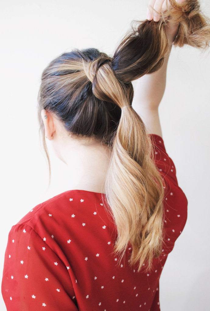 Stylish And Easy DIY Pull Through Braid