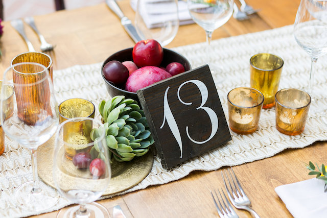 Wood painted table number | Ana & Jerome Photography