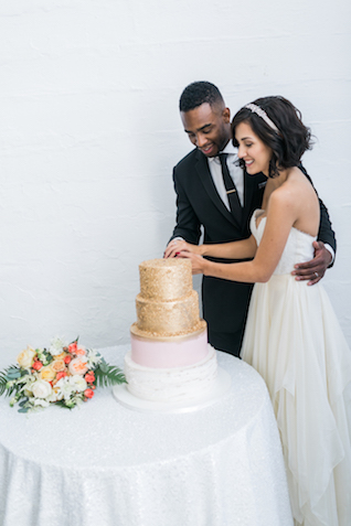 Blush pink and gold wedding cake | Alexis June Weddings and @aislesociety