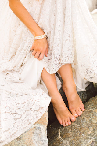 Bare foot on the beach | Photography: Brooke Michelle Photography