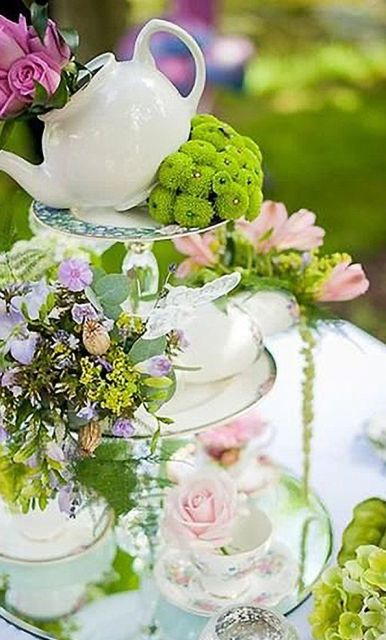 Alice in Wonderland bridal shower centerpiece
