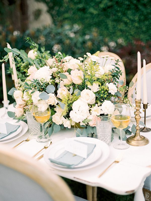 ivory and green weddings - photo by Erin Wilson Photography and Angela Sostarich Photography http://ruffledblog.com/southern-oak-tree-wedding-inspiration
