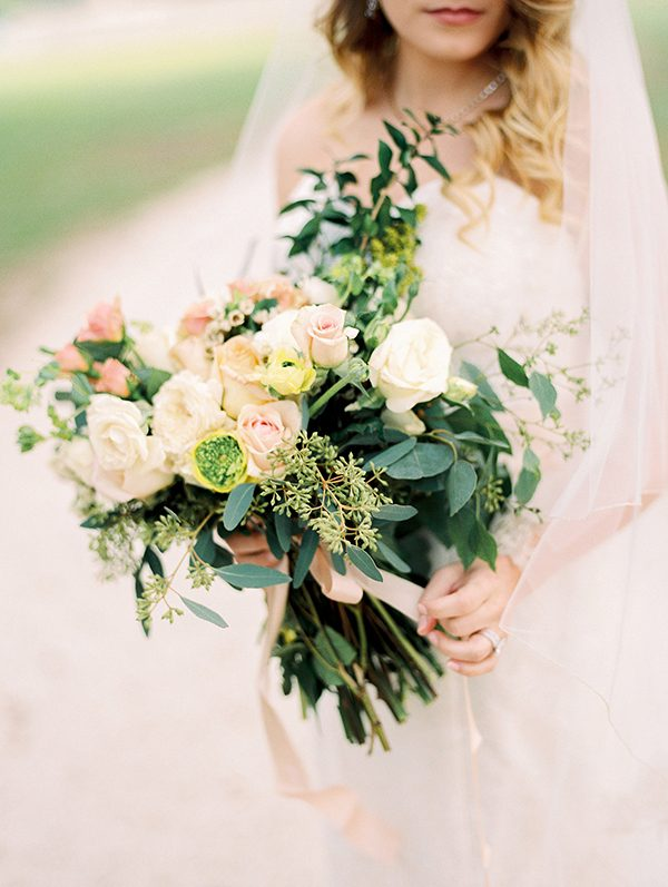 wedding bouquets - photo by Erin Wilson Photography and Angela Sostarich Photography http://ruffledblog.com/southern-oak-tree-wedding-inspiration
