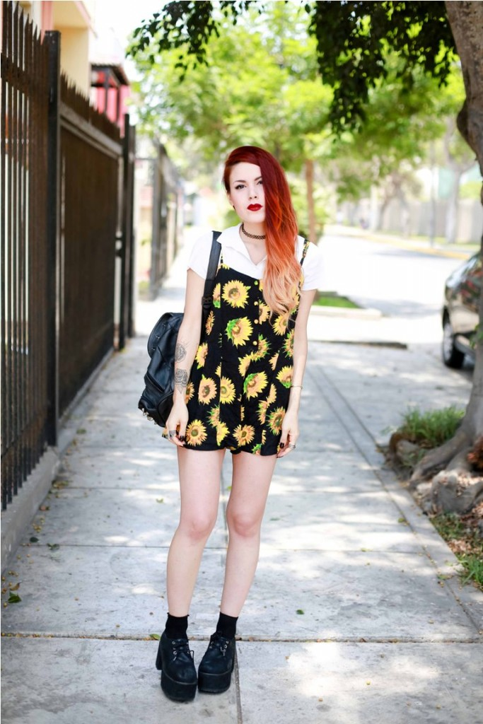 4.-retro-floral-dress-with-grunge-shoes
