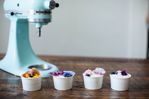 DIY Mini Wedding Cakes to go in Paper Cups