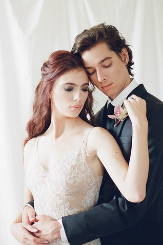 moody romantic couple | Jess Watson Photography
