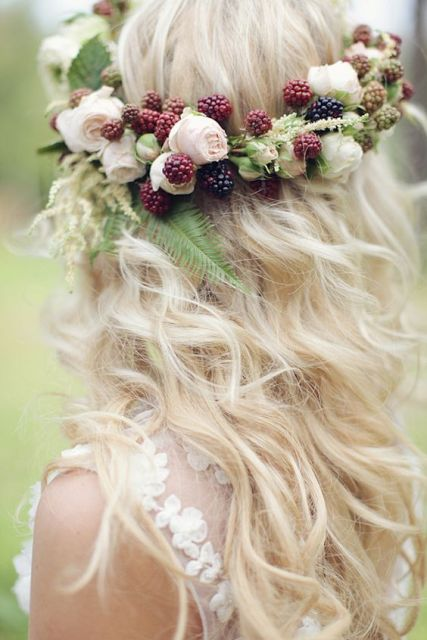Blackberry crown for brides