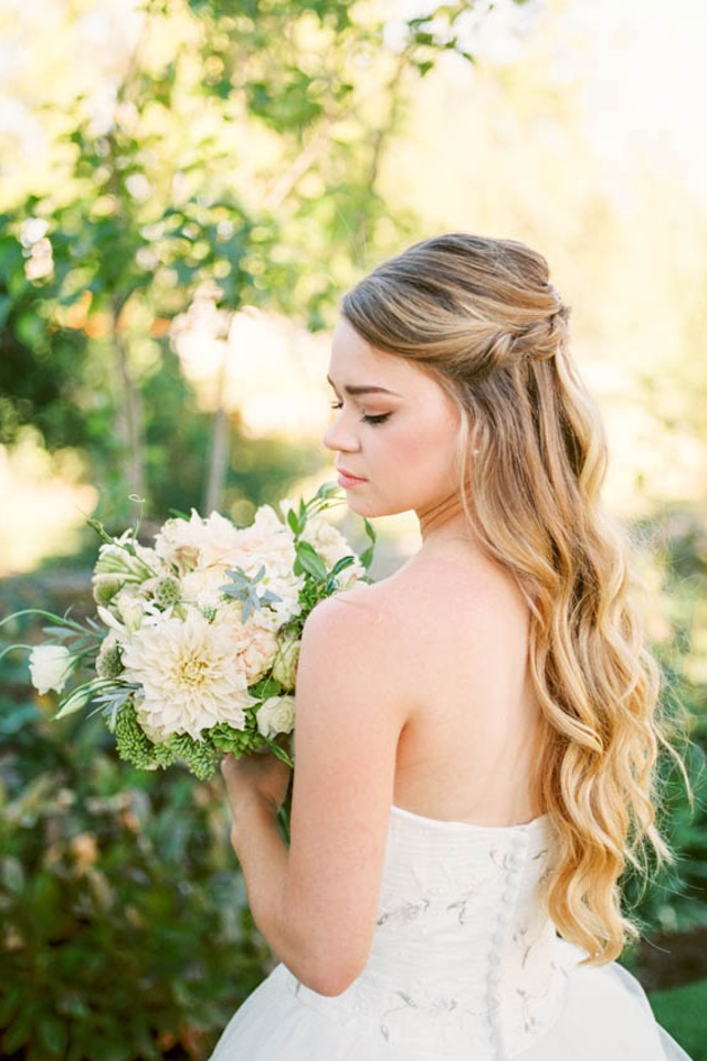 Bride with long hair | Katlyn Marie PhotoArt