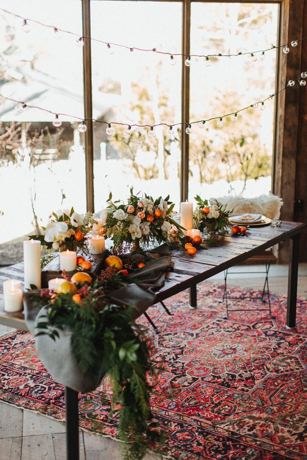 wedding table styles - photo by The More We See http://ruffledblog.com/cedar-lake-estate-wedding-inspiration