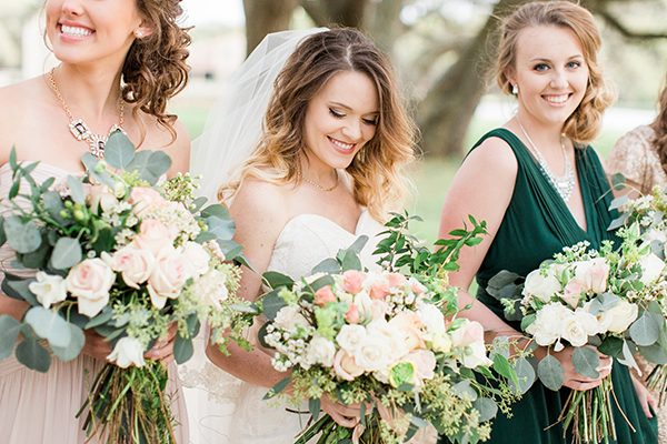 big wedding bouquets - photo by Erin Wilson Photography and Angela Sostarich Photography http://ruffledblog.com/southern-oak-tree-wedding-inspiration