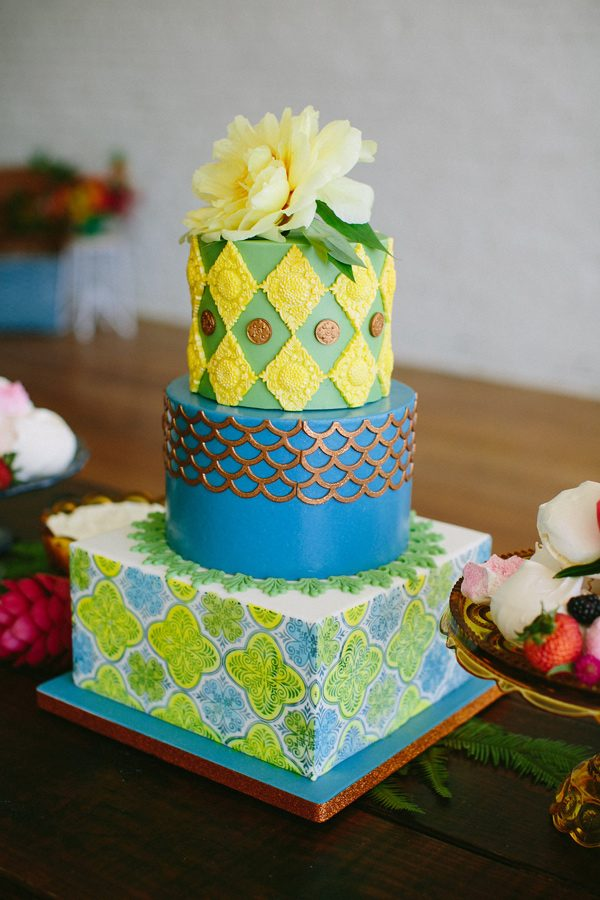 green and blue wedding cakes - photo by Amber Vickery Photography http://ruffledblog.com/tropical-cuban-wedding-inspiration