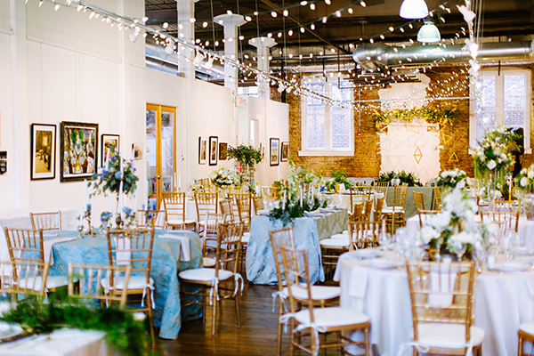 wedding reception tables - photo by Texture Photo http://ruffledblog.com/golden-sands-wedding-inspiration