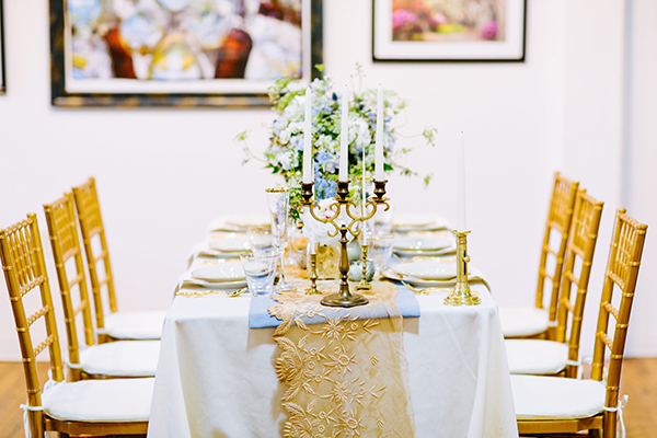 tablescapes - photo by Texture Photo http://ruffledblog.com/golden-sands-wedding-inspiration