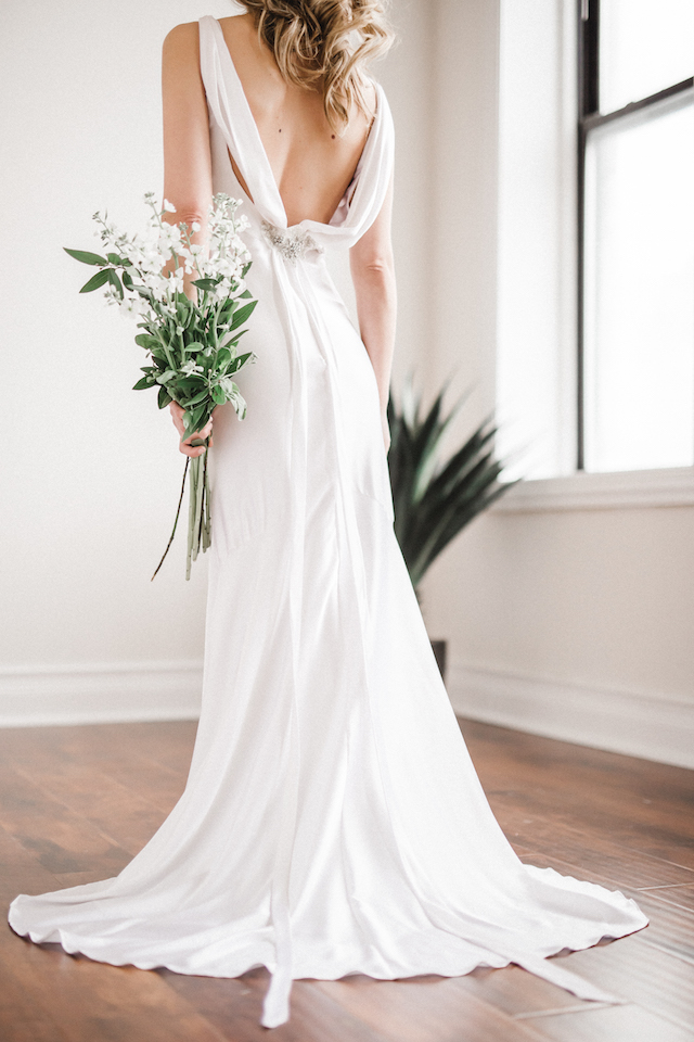 Gorgeous back detail on dress | Photography: Loren Weddings